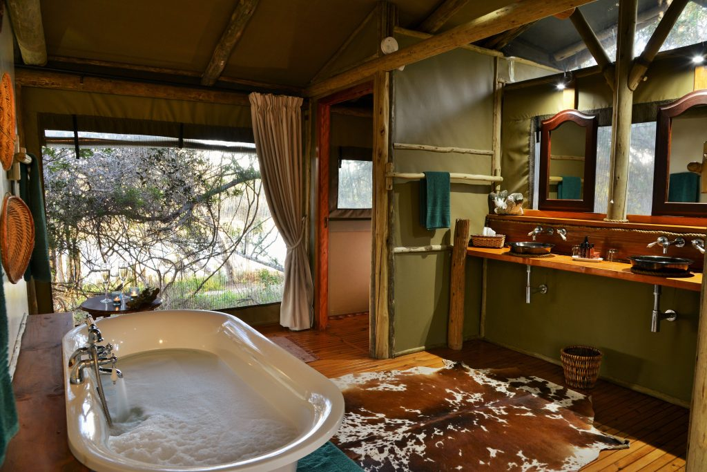 SGR-River-Camp-tent-bathroom-2