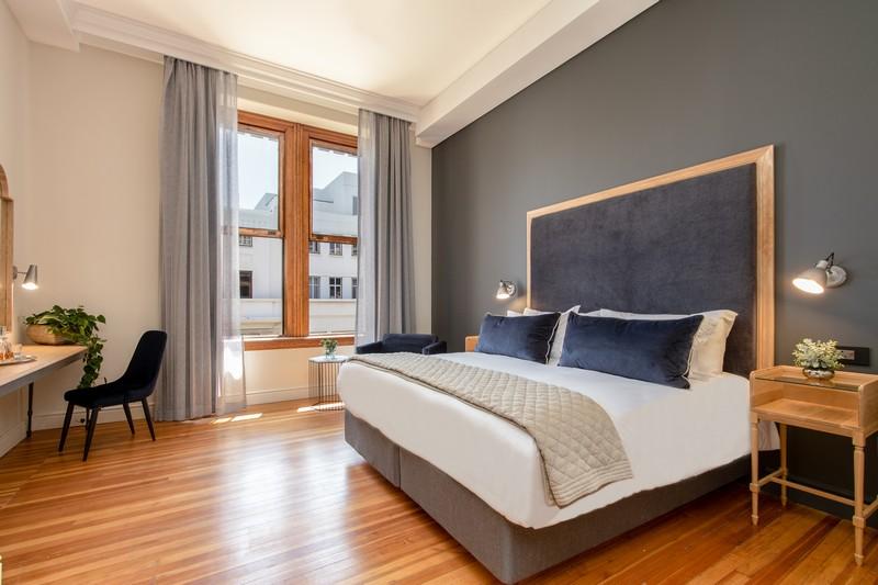 Old Bank Hotel_LionRoarsHotels_Superior Room (14)